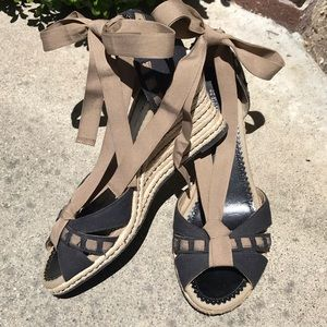 NATURALIZER Super-Cute Espadrille Wedge Sandals!